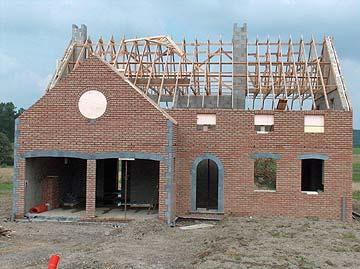 Le soin des travaux pendant la construction de maison namur en belgique for Architecture maison en belgique